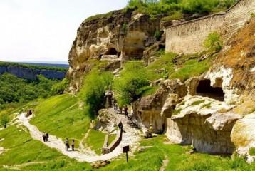 Пеший тур в пещеру Таврскую